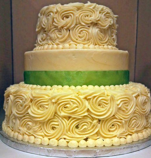 Central MarketWestgate Wedding Cake Austin TX WeddingWire