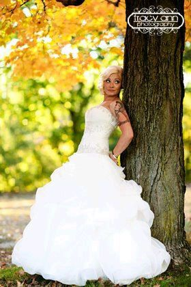 Bride by the tree