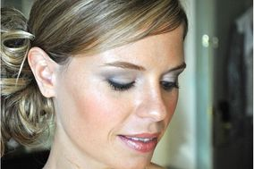 Cosmetic Artistry by Deb Houghton