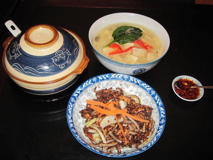 Tmx 1467978083566 Servingjingjiangrousi With Fishtofucrockpot Brattleboro wedding catering