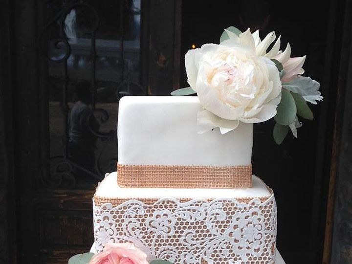 Tmx 1486231949716 1351618013579149942338045507202479716672288n Mission Viejo, California wedding cake