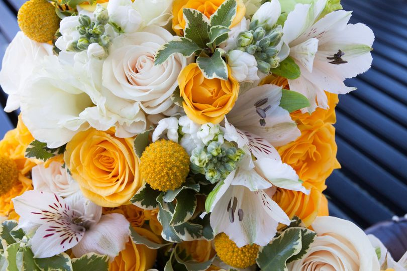Bold, bright, and beautiful bridal bouquet.