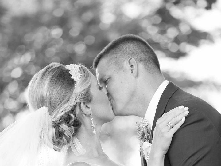 Tmx 1441227557187 Weddingkiss0001 Shrewsbury, PA wedding photography