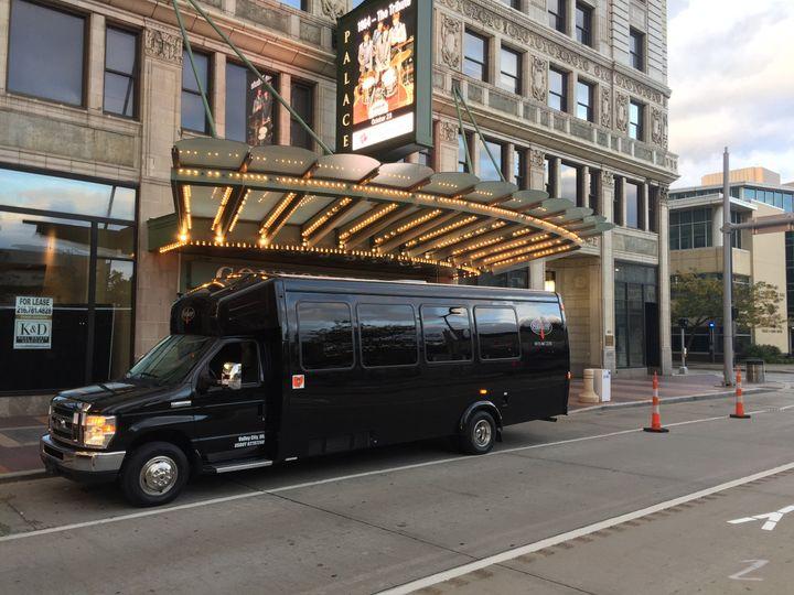 playhouse 18 pass bus