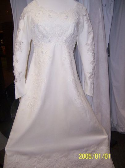 Sunrise cleaners gown care preservation restoration for Wedding dress cleaning birmingham