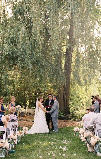 6e03a15198e5ec66 Christina Sean Willow Pond Wedding 1070 17
