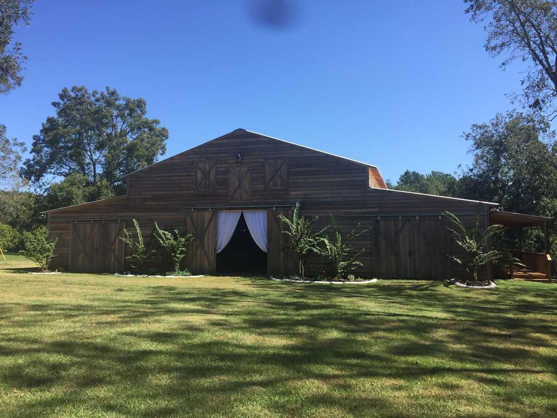 The Wedding Barn at L'Horne