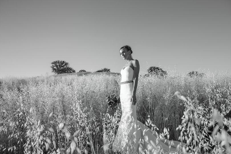 Siouxzen Kang, Los Angeles, CA wedding photographer, born in Texas.  Bride in field in Bradley,...
