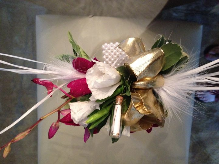 amandas message corsages