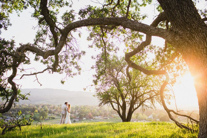 86052e6dc73a1a84 1492011834696 the grace maralyn wedding 001