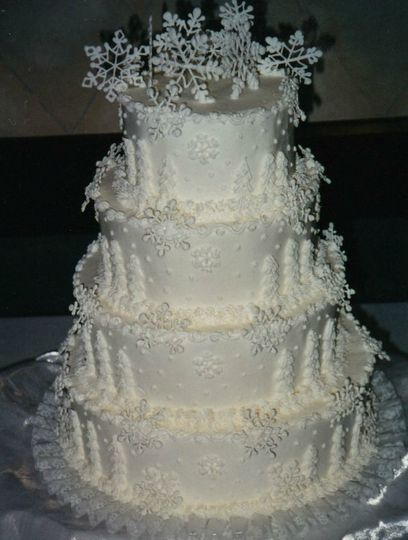 Wedding Cakes Des Moines   Carroll S Bakery Wedding Cake Spencer Ia Weddingwire