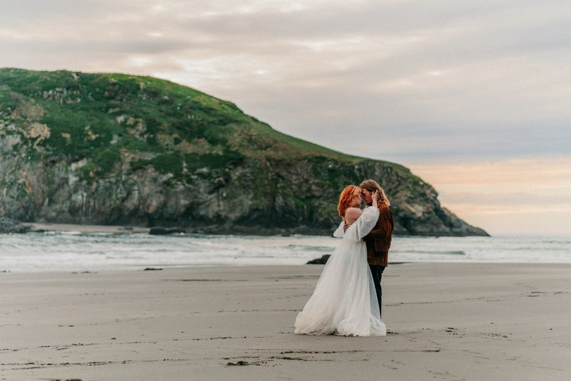 Wedding Photographer in PNW