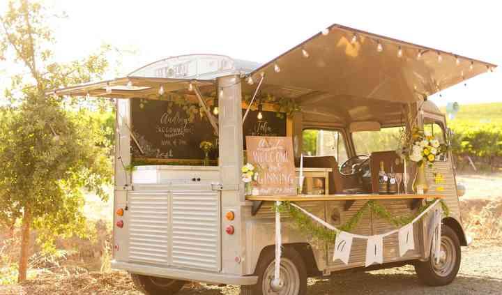 The Duke Truck, Bartending & Mobile Bar
