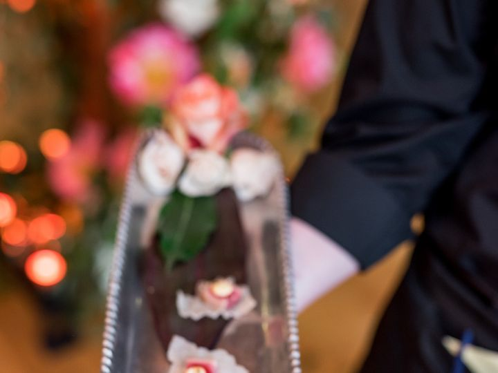 Tmx Seared Tuna On Crispy Rice Paper With Fresno Chili Sriracha Aioli And Toasted Sesame Seeds 51 248 1569982302 Charlottesville, VA wedding catering