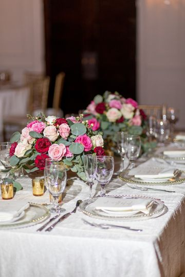Clean Elegance Royal table set