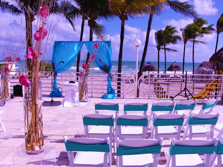 Tmx 1452193116473 Img8200 Hollywood, Florida wedding florist
