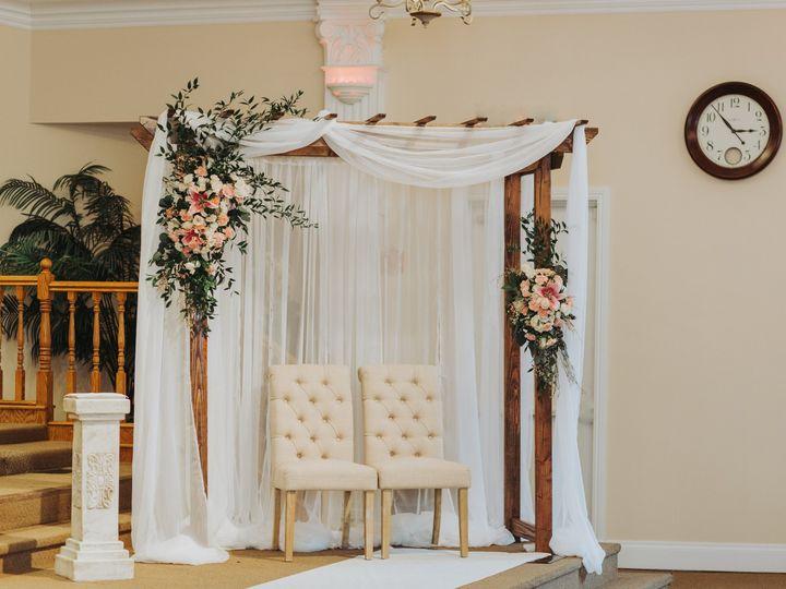 Tmx 1520799708 32d2331ef3c4dd1d 1520799706 8ce3d58265c54b22 1520799700080 1 D D 778 Hollywood, Florida wedding florist