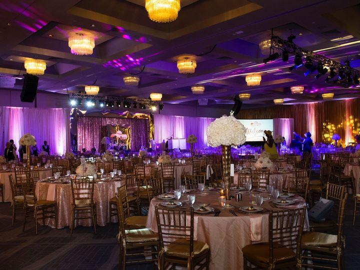 Tmx 1527612539 75c86557d00eda91 1527612537 39748394ad56ea19 1527612535791 2 IMG 1494 Hollywood, Florida wedding florist