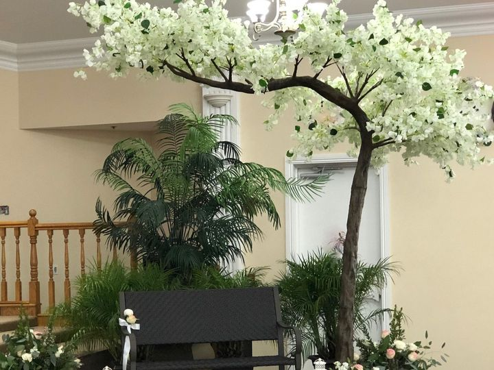 Tmx 1528677399 436ff634922b71e8 1528677398 1dbdf6c8249641db 1528677396047 1 IMG 1287 Hollywood, Florida wedding florist