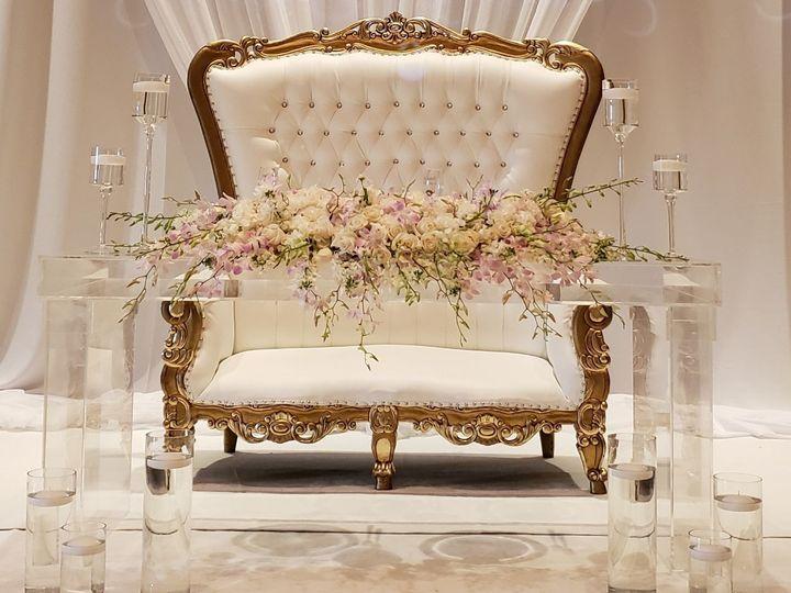 Tmx 1534125642 8051a7d59052af24 1534125641 B02ddfaaa4f7abd4 1534125636548 3 Adc45437 Ed41 4f5b Hollywood, Florida wedding florist