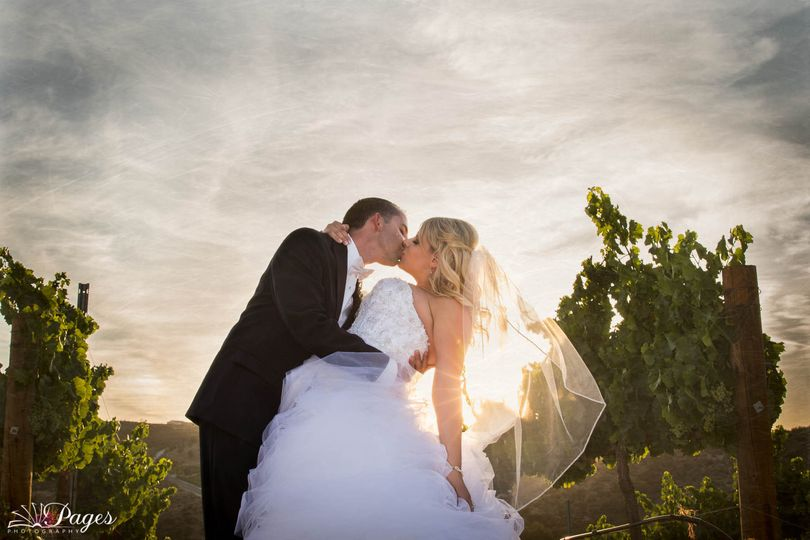 Gershon Bachus Vintners was the perfect venue for this gorgeous couple!! Photography and videography...