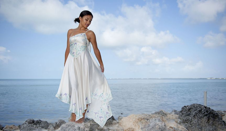 Asymmetric beach wed dress
