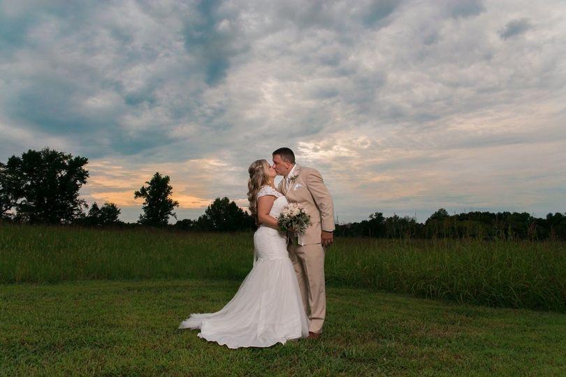 d86b43a6ca9736d9 1539080792 a5468ab5893f37a4 1539080788208 16 Nashville Wedding