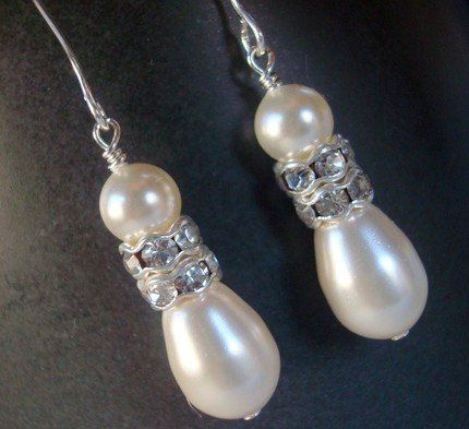 The Cream Lori Teardrop Pearl Dangle Earrings are handcrafted by A Finishing Touch Jewelry with 6mm...