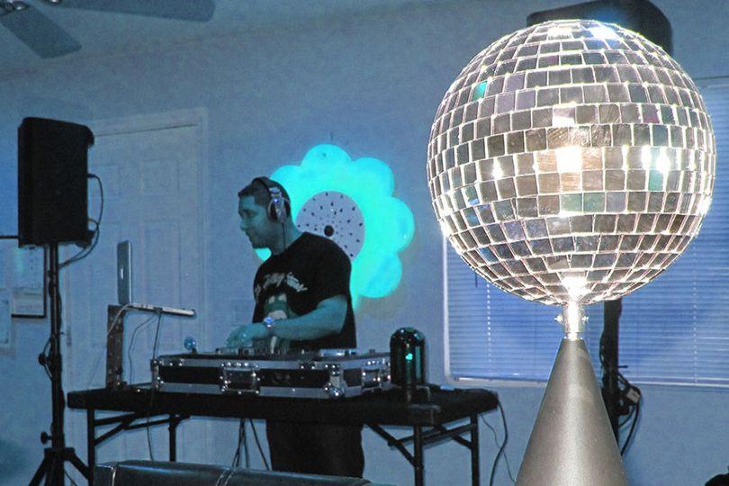 03 davis house anniversary party 01