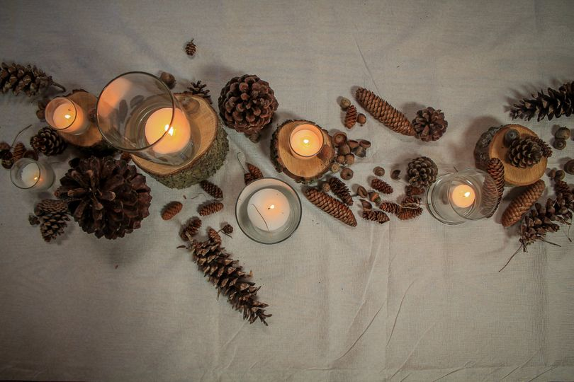 Pinecone & Acorn Centerpiece