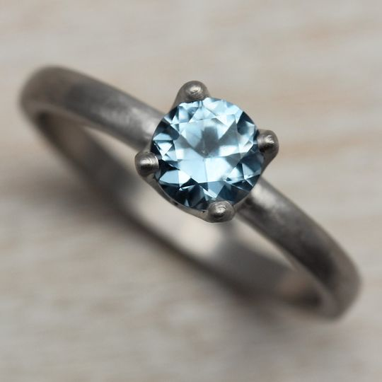 5mm crown solitaire 950 light denim blue montana s