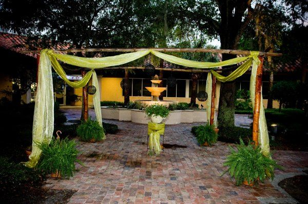 A Tropical wedding in our courtyard