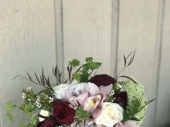 Tmx 1538472425 24dc72732e04b612 1538472422 13f1db0f7898d8cf 1538472420382 5 469549B3 4A8B 4C3B Altamonte Springs, FL wedding florist