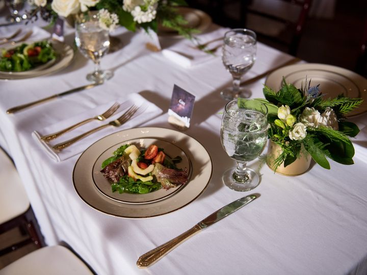 Tmx Em 48 Fields Wedding Erin Tetterton Photography 0598 51 599348 Alexandria, District Of Columbia wedding catering