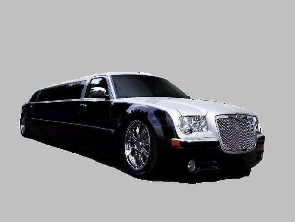Chrysler 300 limo 10 passenger