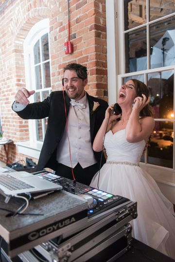 Bride & groom djing!
