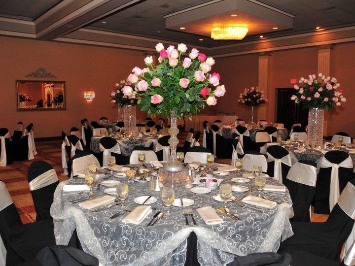 Tmx 1522357285 A9ca6988098bbedc 1522357284 277995a84bcfd734 1522357281086 3 Crowne Plaza 55 Detroit, MI wedding catering
