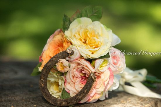 Wedding bouquet and horseshoe