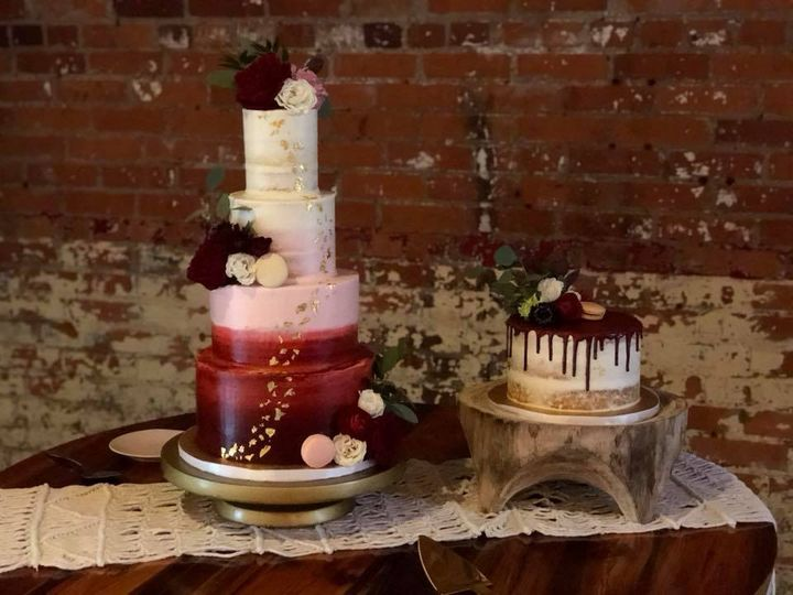 Tmx 43049818 10155956838359499 6101588123047690240 N 51 406448 Richmond wedding cake