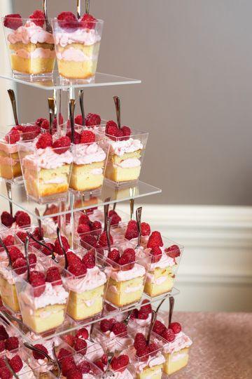Individual cake desserts