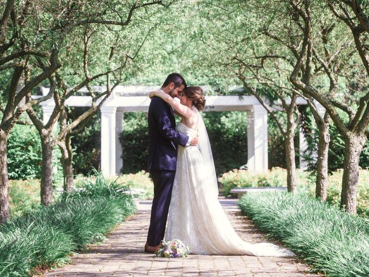 Tmx 0511 20190629 Patla Burger E 51 5548 1568397410 Troy, Michigan wedding photography