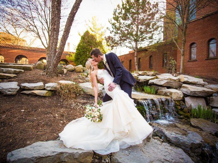 Tmx 0728 20190426 Liebnau Henry E 51 5548 1568397461 Troy, MI wedding photography