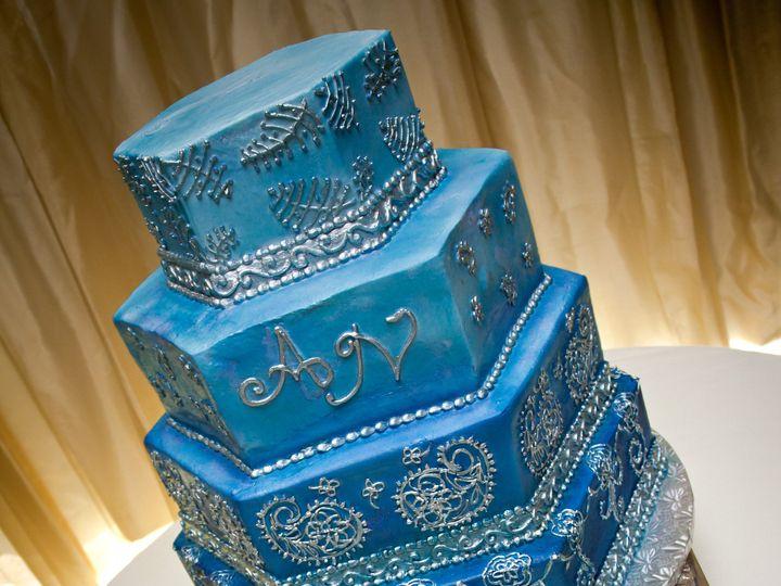 Tmx 1376445197898 Chartegee 2013 Raleigh wedding cake