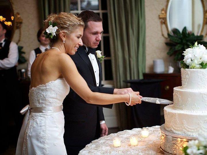 Tmx 1420684566832 Couple Cutting Raleigh wedding cake