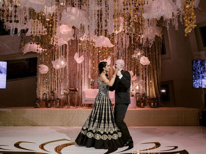 Tmx Credit Matei Horvath 51 636548 1573512197 Las Vegas wedding venue