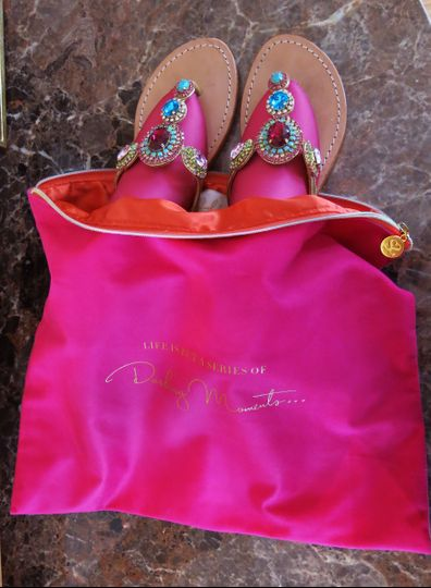 Shoelala cache bag is perfect for lingerie or to store shoes for packing in your suitcase.