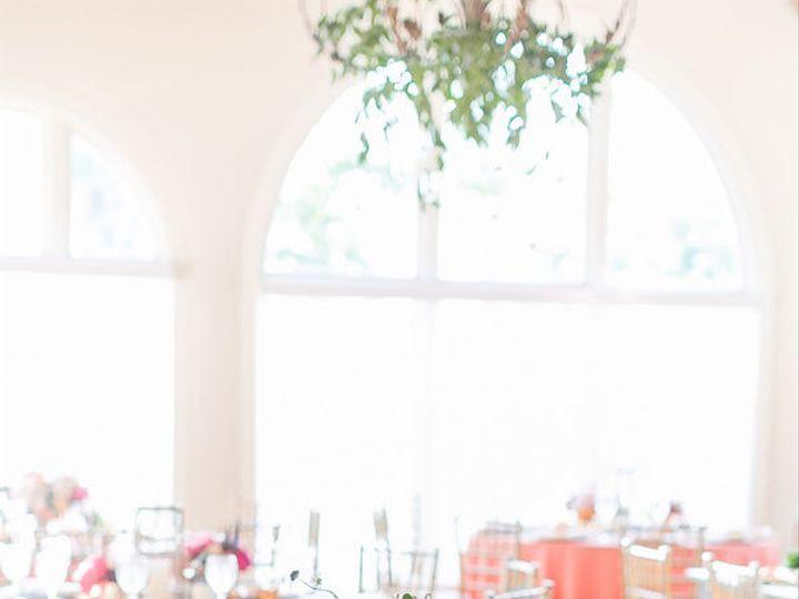 Tmx 1516378362 1650519c7d0ee549 1516378361 70a406409c0fd798 1516378360237 3 4 Cliffside Park, NJ wedding florist
