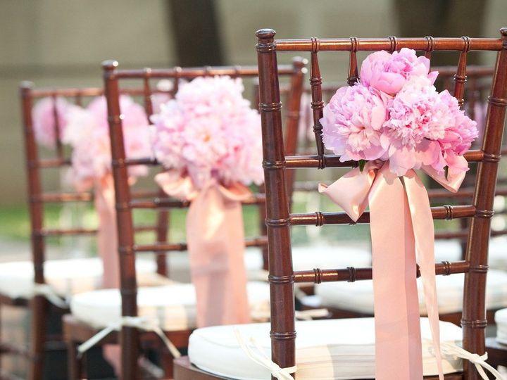 Tmx 1516378363 Edd2a0e26abd8ccf 1516378362 7052250bd45a1b47 1516378360242 6 437 Cliffside Park, NJ wedding florist