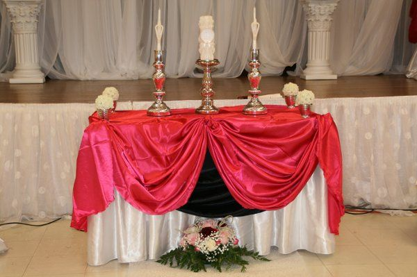 Hot Pink Head Table