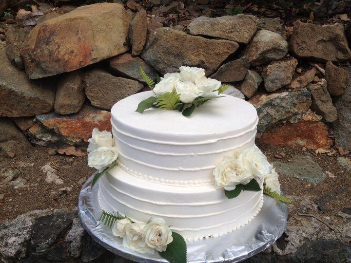 Elegant wedding cake - Queen of Tarts
